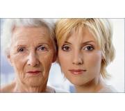 Уход за кожей - это необходимость. Чтобы долго не стареть. Сам себе косметолог.